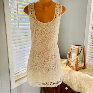 ANTHROPOLOGIE creamy lace dress! Beautiful!!